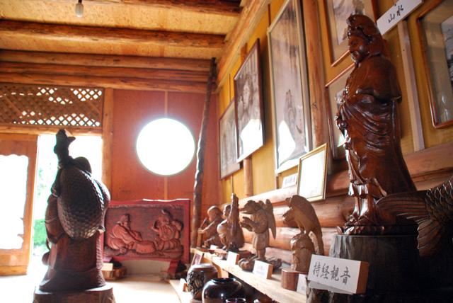 伊豆 伊豆高原 ギャラリー 桜並木館 木工彫刻 墨絵